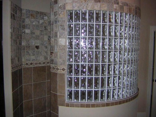 1000 images about glass block showers on pinterest for Glass bricks designs