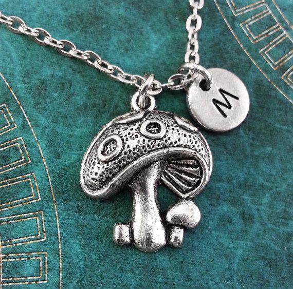 Collar seta, personalizada Toadstool encanto collar de, collar personalizado, collar de naturaleza grabado collar llavero seta