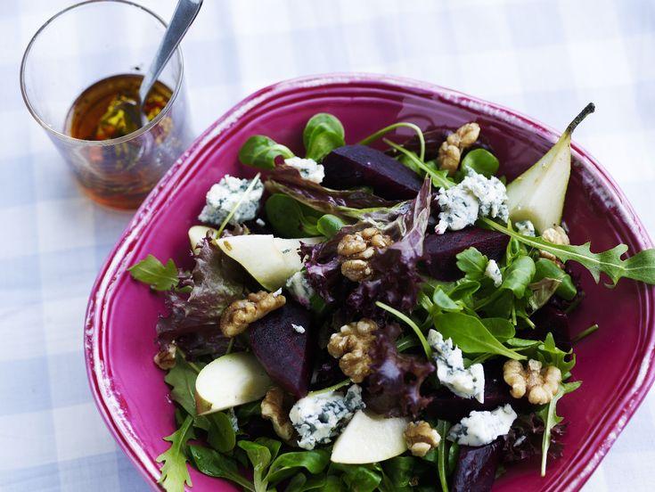 opskrift på rødbedesalat med pære og blå ost