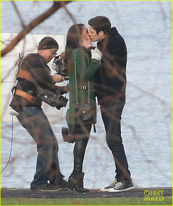 'Barry Allen' And 'Iris West' Lock Lips On The Set Of THE FLASH