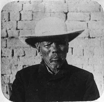 File:Witboi.jpg NAMA KING HENDRIK WITBOOI In 1903, some of the Nama tribes rose in revolt under the leadership of Hendrik Witbooi