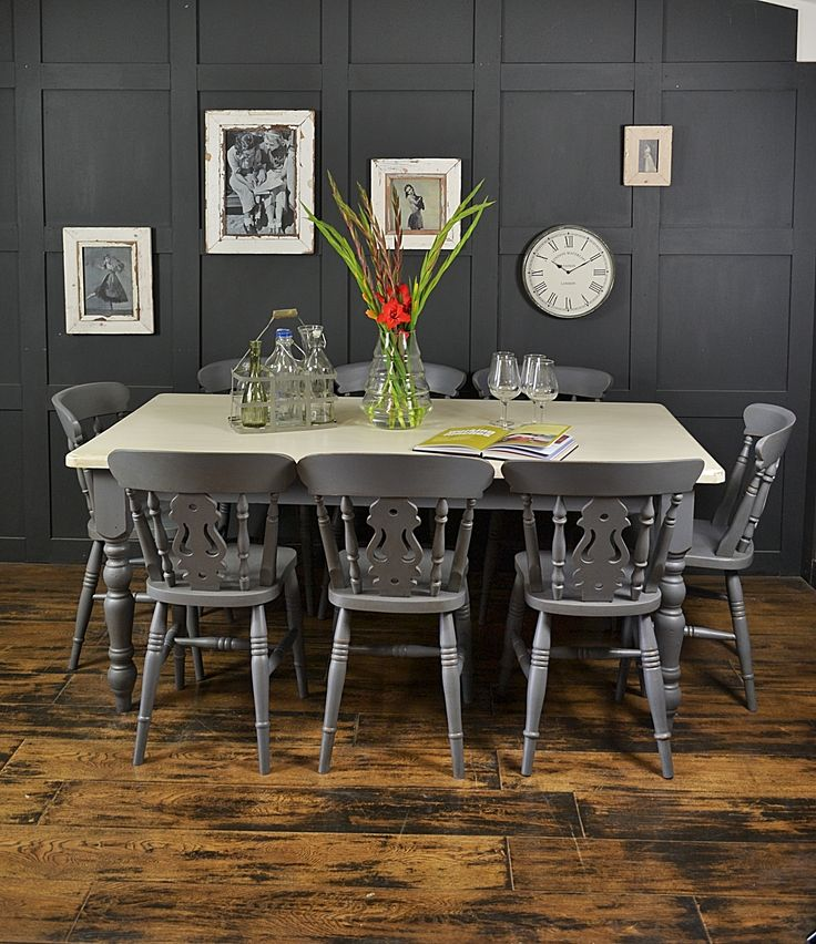 This Rustic Farmhouse Dining Set Painted In Valspar Carriage Wheel Will Bring Style And Sophistication