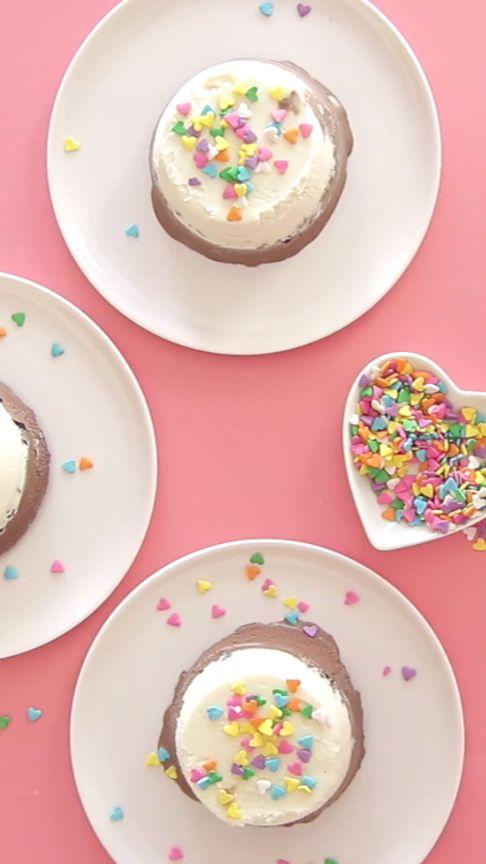 Make These Yummy Ice Cream Cakes