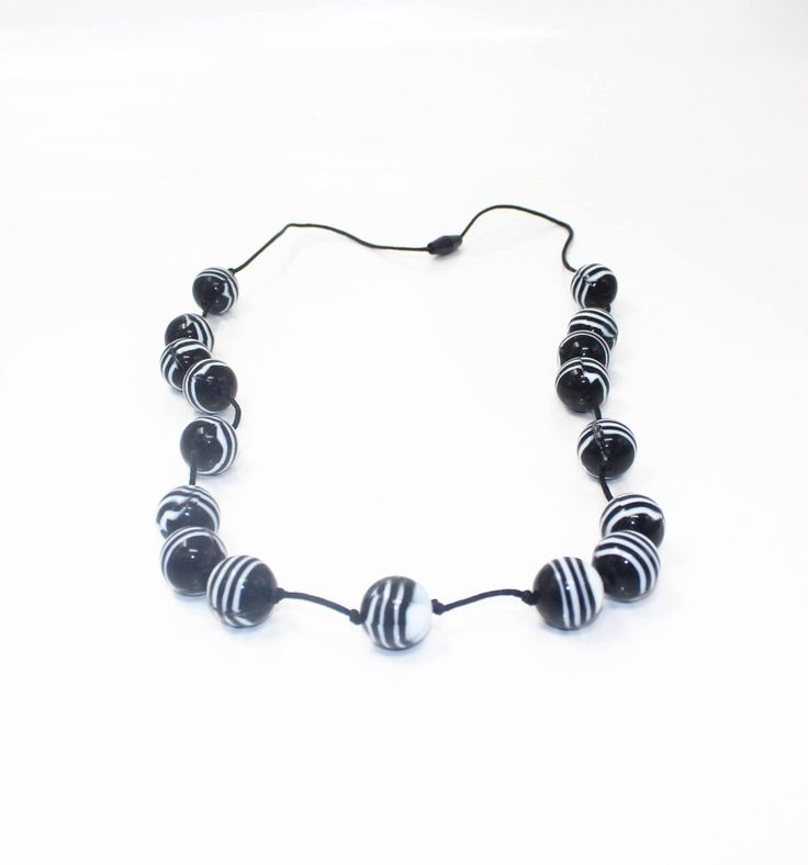 Classic zebra beads...go on.. you know you want to! Match it with the Zulu and Panther Bermuda or Shadow and Halo Bubba bangles