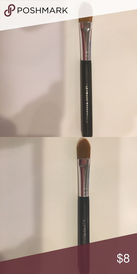 Bare minerals foundation brush Bare minerals bare escentuals small foundation brush in good condition bareMinerals Makeup Brushes & Tools