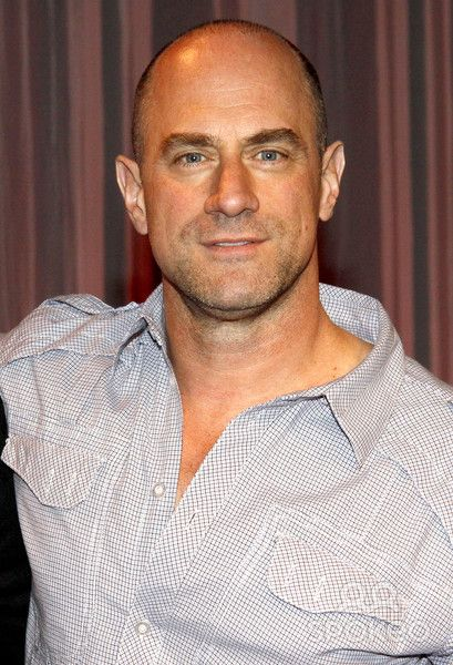 first-christopher-meloni-hairy-lesbian-naked