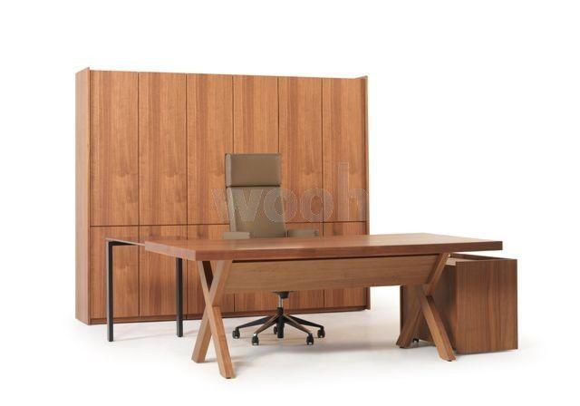 Bureau S2 noyer américain pieds X avec plumier - Wooh Store : Bureau et mobilier de bureau