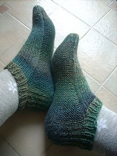 Ravelry travel socks with garter stitch sole