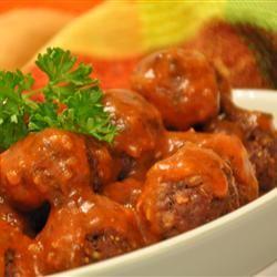 tastycookery | Tangy Horseradish Tomato Sauce For Meatballs