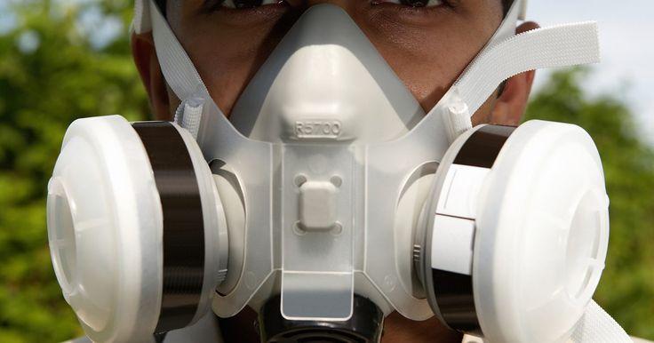 Cómo convertir mg/m3 a ppm. Los límites de exposición de vapores químicos en el aire normalmente cuentan con unidades de miligramos por metro cúbico (mpg/m3) o partes por millón (ppm). Las unidades de mg/m3 describen la masa máxima del químico que puede estar presente en un metro cúbico de aire. Las partes por millón se refieren a las unidades de volumen de gas (mililitros, ...