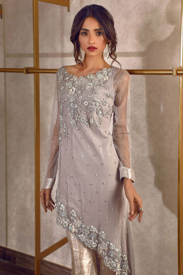 Rozina-Munib-Luxury-Partywear-Collection-2017-3-1.jpg (1200×1800)