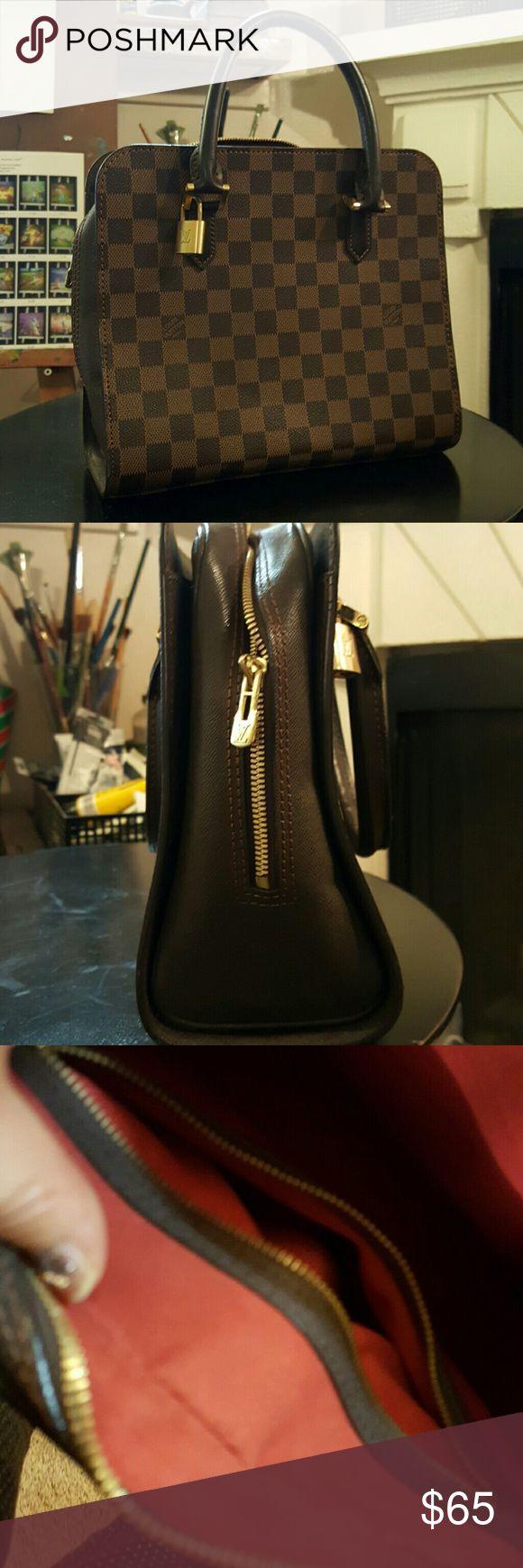Replica handbag Brandnew. Brandnew replica handbag. replica  Bags Totes