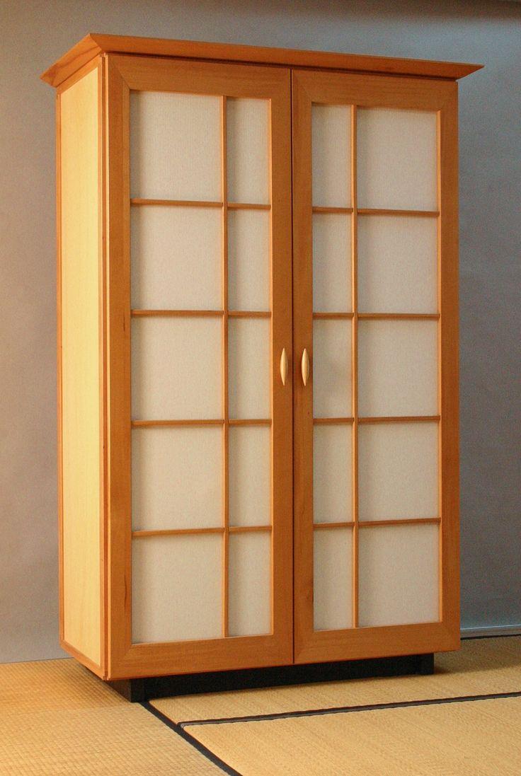 Schrank mit bespannten Türen, Korpus leicht : Nodus-Gestell mit Sperrholzfüllungen // Seeland