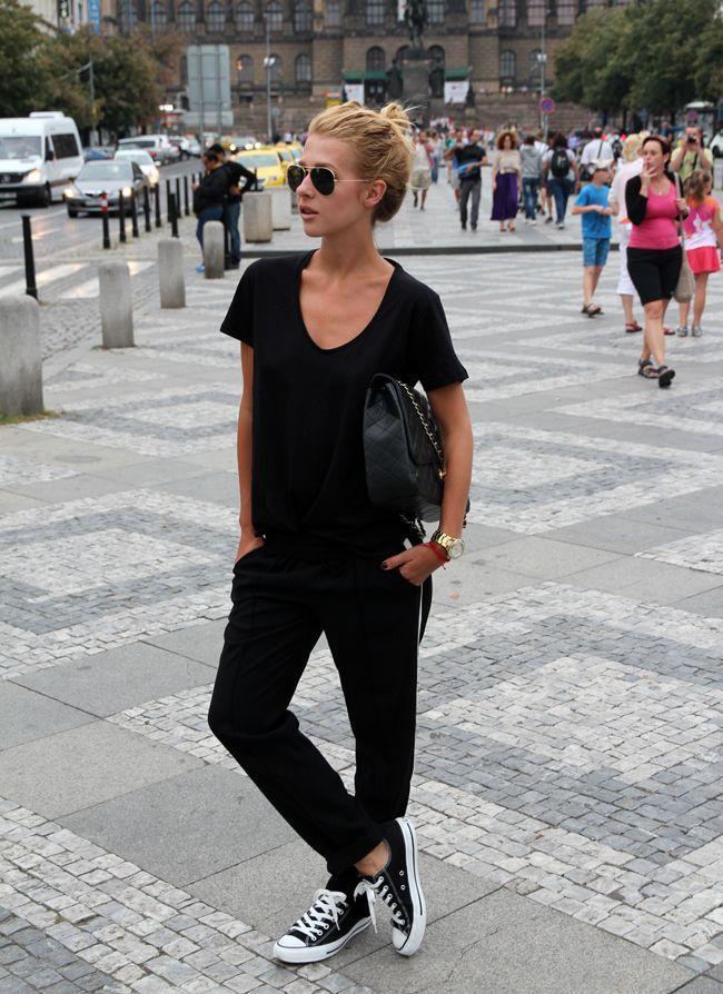 Frühlingsoutfits in schwarz - Seite 2 - Ich trage fast ausschließlich schwarze Kleidung. Schwarz ist immer dabei, dazu dann ein wenig grau, dunkelrot oder beige. Selten mal Jeans. Ich fühle... - Forum - GLAMOUR