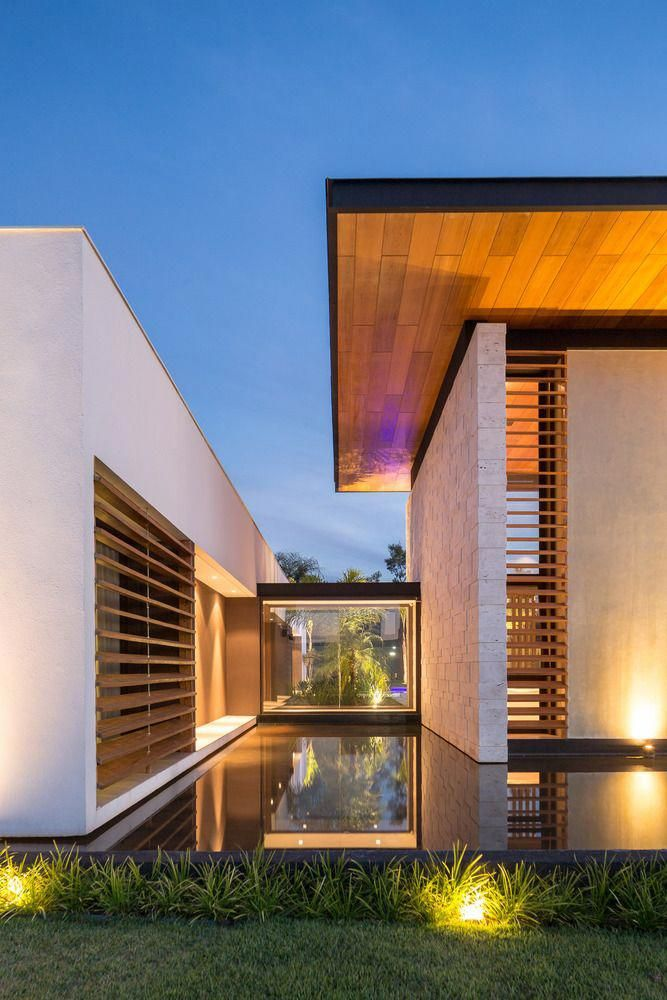 Use These Home Decor Suggestions To Enhance Your House And Give It New Life Home Designing Is Fun Minimalist House Design House Exterior Dream House Exterior