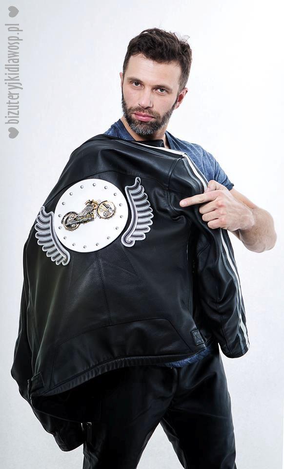 Adam Badziak with motorcycle jacket Wild Eagle for the charity auction GOCC http://bizuteryjkidlawosp.pl/10_sutasz_pr_6_motokurtka_i_bransoletki/