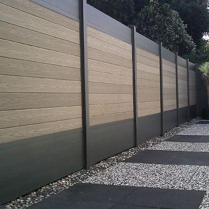 Clôture de jardin bois composite et alu ©Fiberon