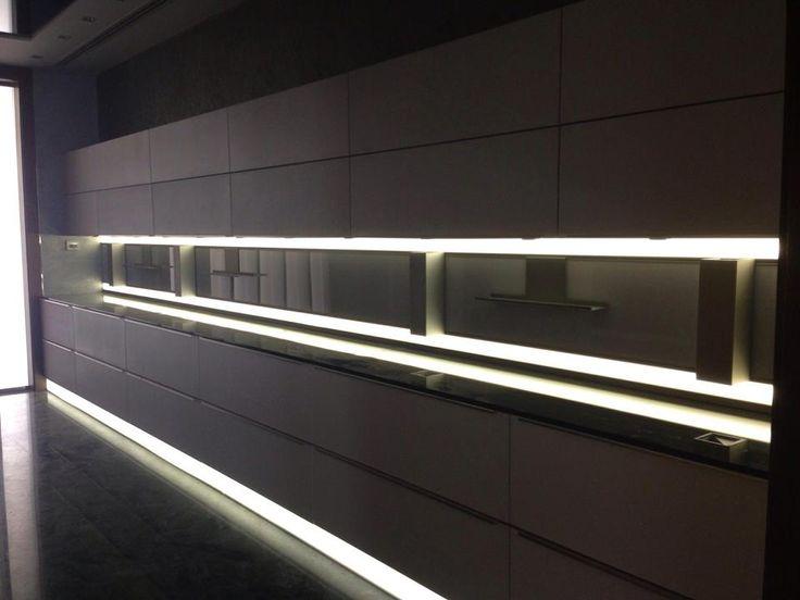 Led Lights For Kitchen Wall Units : 17 Best images about Goettling German Kitchen Design on Pinterest Indigo, Design design and Dubai