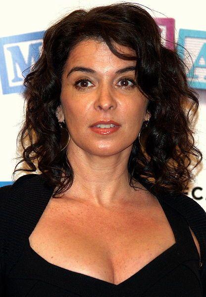 Nyy'zai Annabella Sciorra Actress, Sopranos