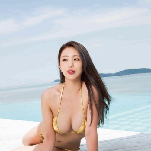 MAXIM 한국판 2016.7월호 표지 모델