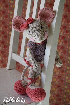 lilleliis - beautiful crochet toy patterns.