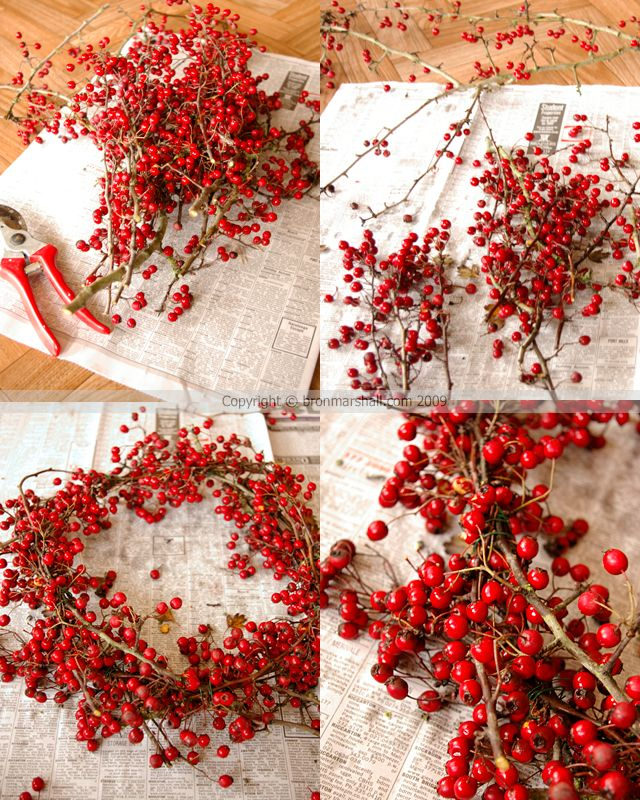 Hawthorn Berry Wreath: Gift Baskets, Idea, Gifts Baskets, Berries Gifts