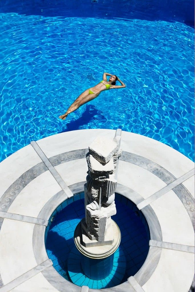 When you fit so gracefully into the picture. Discover the art of being yourself at #KivotosMykonos #luxuryhotels #privatepools #instatravelling #mykonos #summer http://qoo.ly/g3u8i