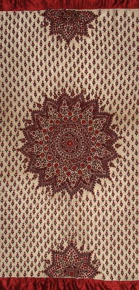 ODHNA - Embroidered gajji silk-satin Odhna (woman's head shawl). Lined.