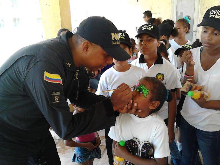 Los colores de la alegría se reflejan en las sonrisas de los niños. ¡Respetemos sus derechos!
