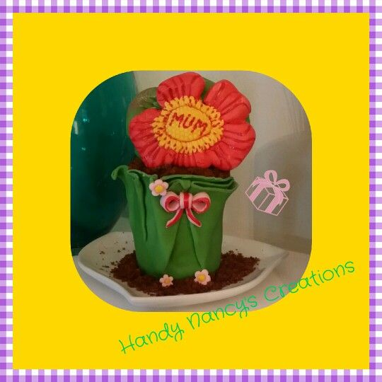 Mothers day fondant flower in the pot