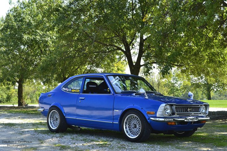 '74 TE 27 Corolla Levin from the Hoosier State, Indiana, classically restored and modded with fender flares on 14×9 SSR Formula Meshies, a 3TG swap under the smooth as silk hood, and BRIDE buckets in the inside to finish it out..