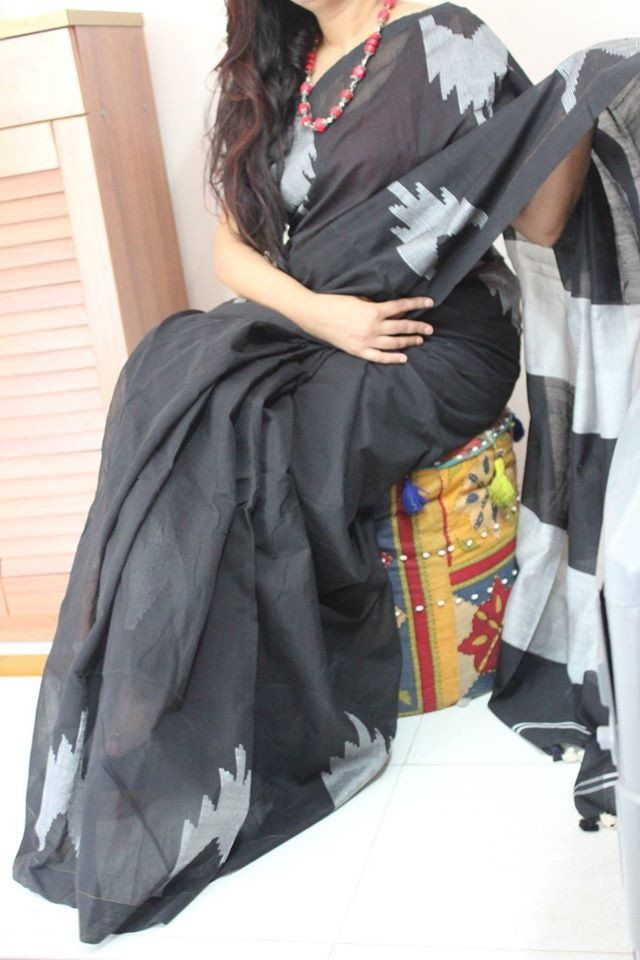 Lovely Black with Ash Coloured handloom cotton Saree