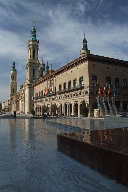 Plaza del Pilar, Zaragoza, Spain. http://www.costatropicalevents.com