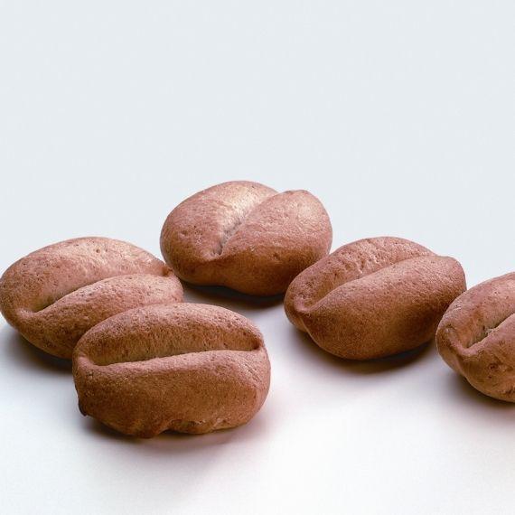 Bułka zwykła Tradycyjna bułka pszenna z białej mąki. Podzielona na dwie części.
