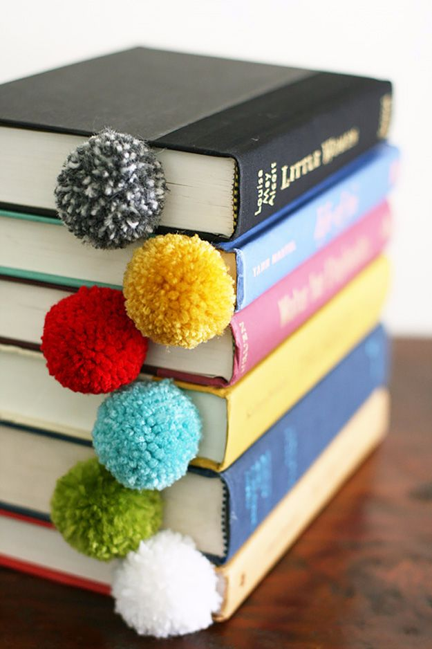 DIY Projects for Teenagers - Yarn Ball Bookmark - Cool Teen Crafts Ideas for Bedroom Decor, Gifts, Clothes and Fun Room Organization. Summer and Awesome School Stuff http://diyjoy.com/cool-diy-projects-for-teenagers