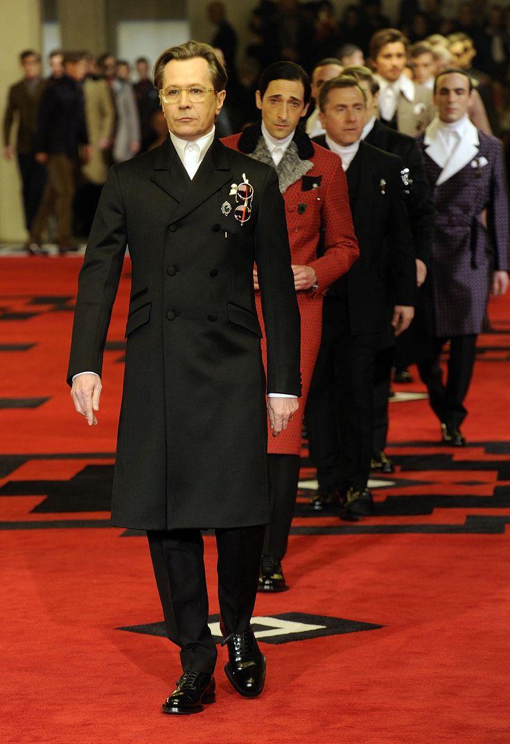 Gary Oldman, Adrien Brody  Tim Roth for Prada Fall/Winter 2012-13  - Mode prêt à porter - Haute couture - Prada