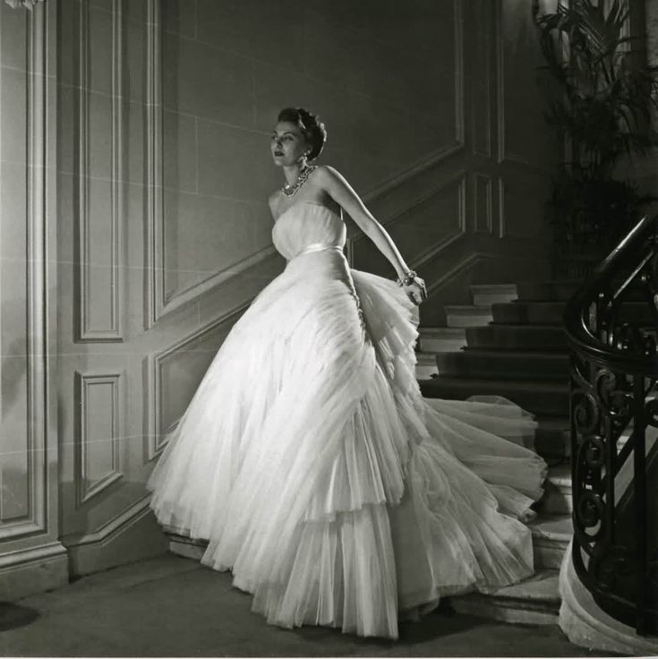 Dior 1949 #vintage #dress #vintagedress: Vintage Dior, Willis Maywald, Ball Gowns, Wedding Dresses, Vintage Fashion, Christian Dior, Evening Gowns, So Pretty, Dior Gowns