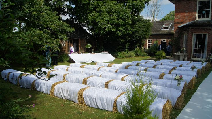 1000+ Ideas About Hay Bale Seating On Pinterest