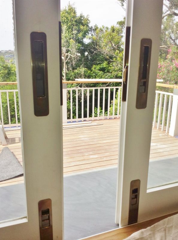 Chant VS Locking Flush Pulls & Flush Bolts. Installed by The Tidy Tradie - Lock Carpenter, supplied by Mother Of Pearl & Sons Trading. #Chant #ChantProductions #Chanthardware #MOP #MotherOfPearl