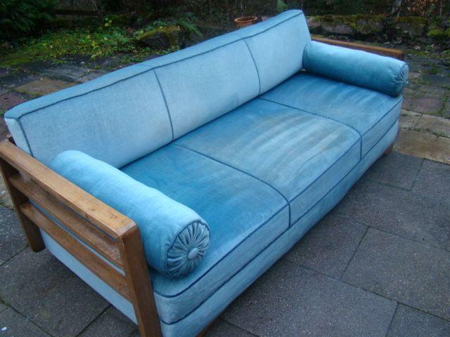 die besten 17 ideen zu altes sofa auf pinterest goldenes sofa und rouge. Black Bedroom Furniture Sets. Home Design Ideas