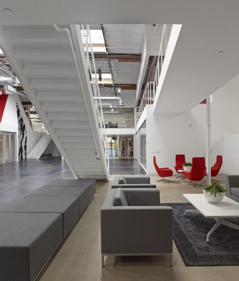 value city furniture corporate offices