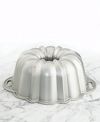 Nordic Ware Bundt Pan, Anniversary Edition - one of my favorites - 10-15 Cup Capacity - with handles.