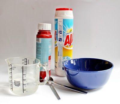Tafelfarbe selber machen, mit Scheuermilch. Alternative Zement. Ist vielleicht sinnvoller, weil in kleineren Mengen kaufbar, statt Fugenbunt. Daher billiger?