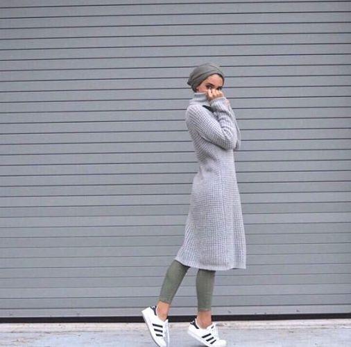 knit dress hijab sporty style, Modern Hijab Street styles http://www.justtrendygirls.com/modern-hijab-street-styles/