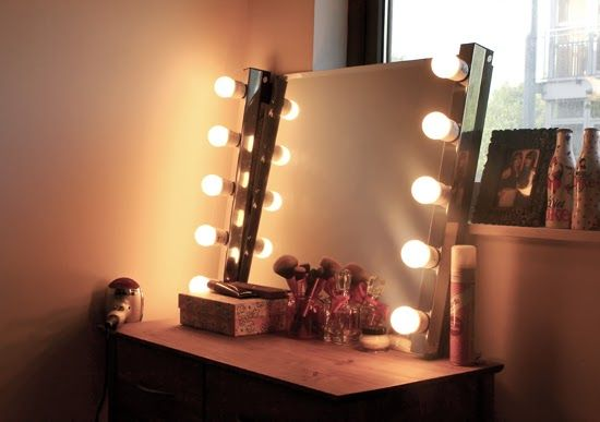 25 best ideas about hollywood mirror on pinterest hollywood mirror lights mirror vanity and. Black Bedroom Furniture Sets. Home Design Ideas