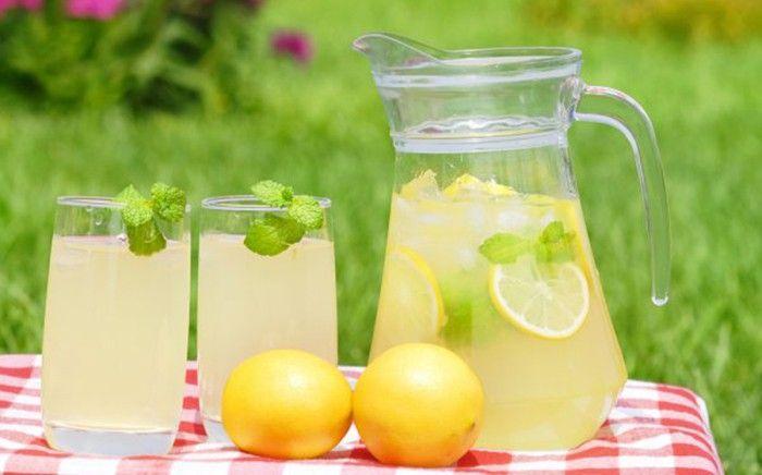 osvěžující limonáda na léto