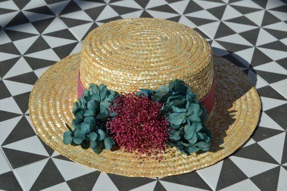 Canotiers con flores de tela. Realizamos cualquier tipo de encargo en función de las necesidades que puedas tener. Para ello ponte en contacto en