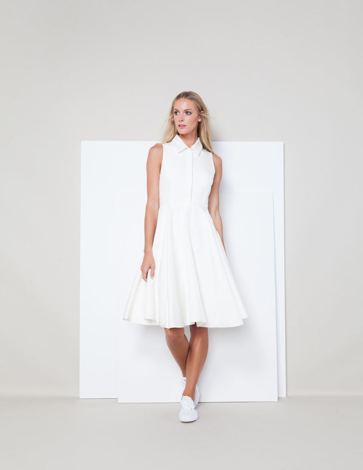 Sarah Seven - Ready To Wear - Odette in white. Rehearsal look. Sleeveless, collar neckline, button up, fit and flare, midi, mid-length. #sarahseven #sarahsevendaily