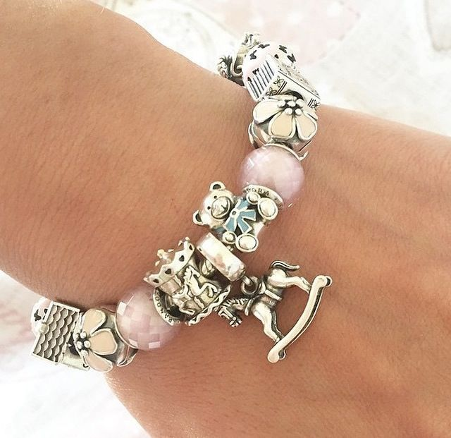 Charm Bracelet Jewelry: Beautiful And Cute Pandora Bracelet