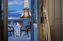 Shangri-La Hotel, Paris is located in the former residence of prince Roland Bonaparte